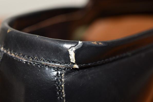 履き口破れ修理   と  GRENSON グレンソン トゥースチール アンティーク