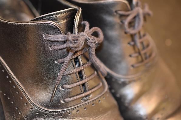 靴ひも 交換 カスタム