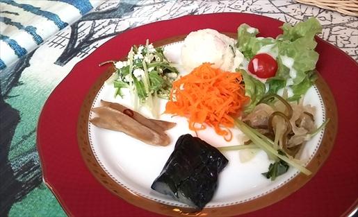 野菜がうまい!カフェエミール(みよし市)