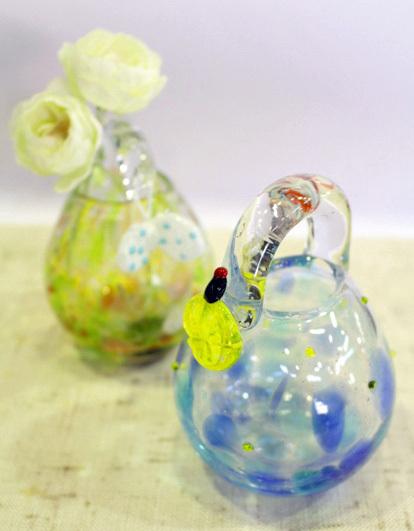 新商品が勢ぞろい☆ホタルのガラス工芸品