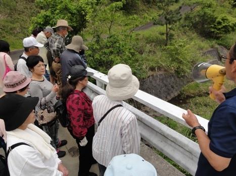 湧水を求めて!「平成の名水百選巡りバスツアー」を開催