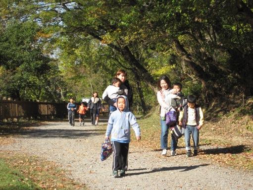 秋の森で賑やかに開催!おかざき自然体験の森「秋祭り」(その1)