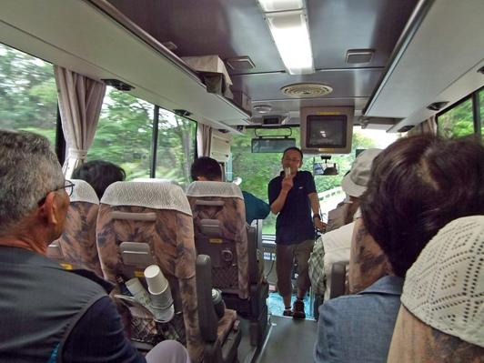 こっちの水は甘いぞ!「平成の名水百選巡りバスツアー」を開催!