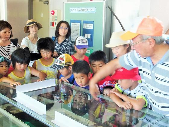 昆虫博士と巡る「昆虫教室親子バスツアー」を開催☆