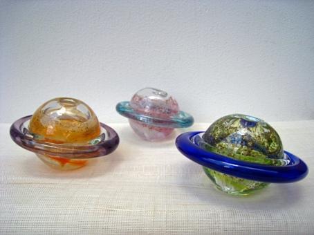 ガラスの風鈴が涼へといざなう!ガラス工芸品の販売スタート