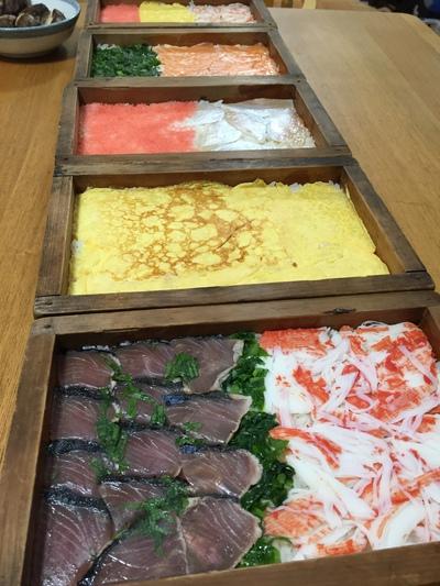 美しい...伝統の押し寿司を味わう