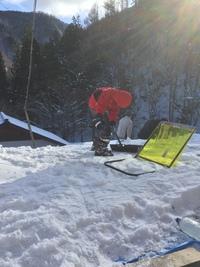 雪かき→雪のすべり台