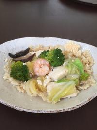 海老とたっぷり野菜のおこげです。