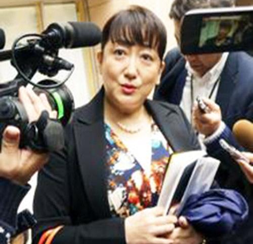 小池百合子都知事の政経塾に2900人が参加