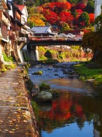 香嵐渓の町、足助の紅葉