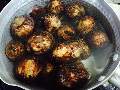 里芋と豚肉の甘辛焼き