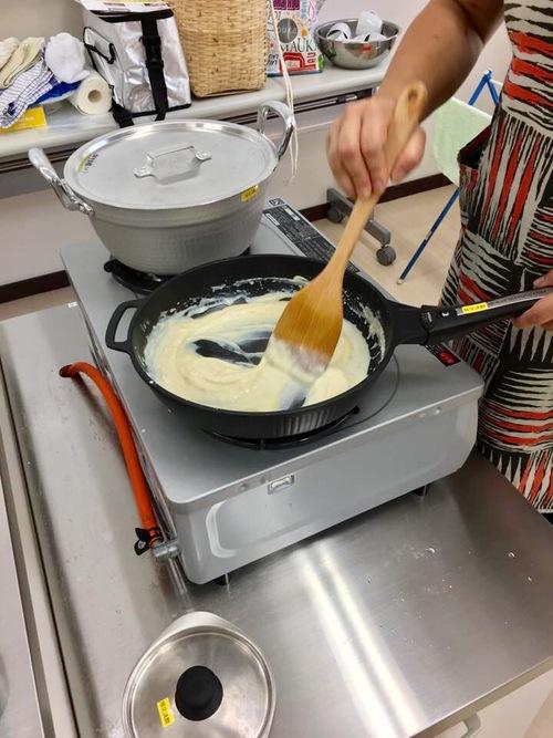 アケビ料理をこしらえました。