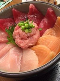 海鮮丼✴︎「どん福」